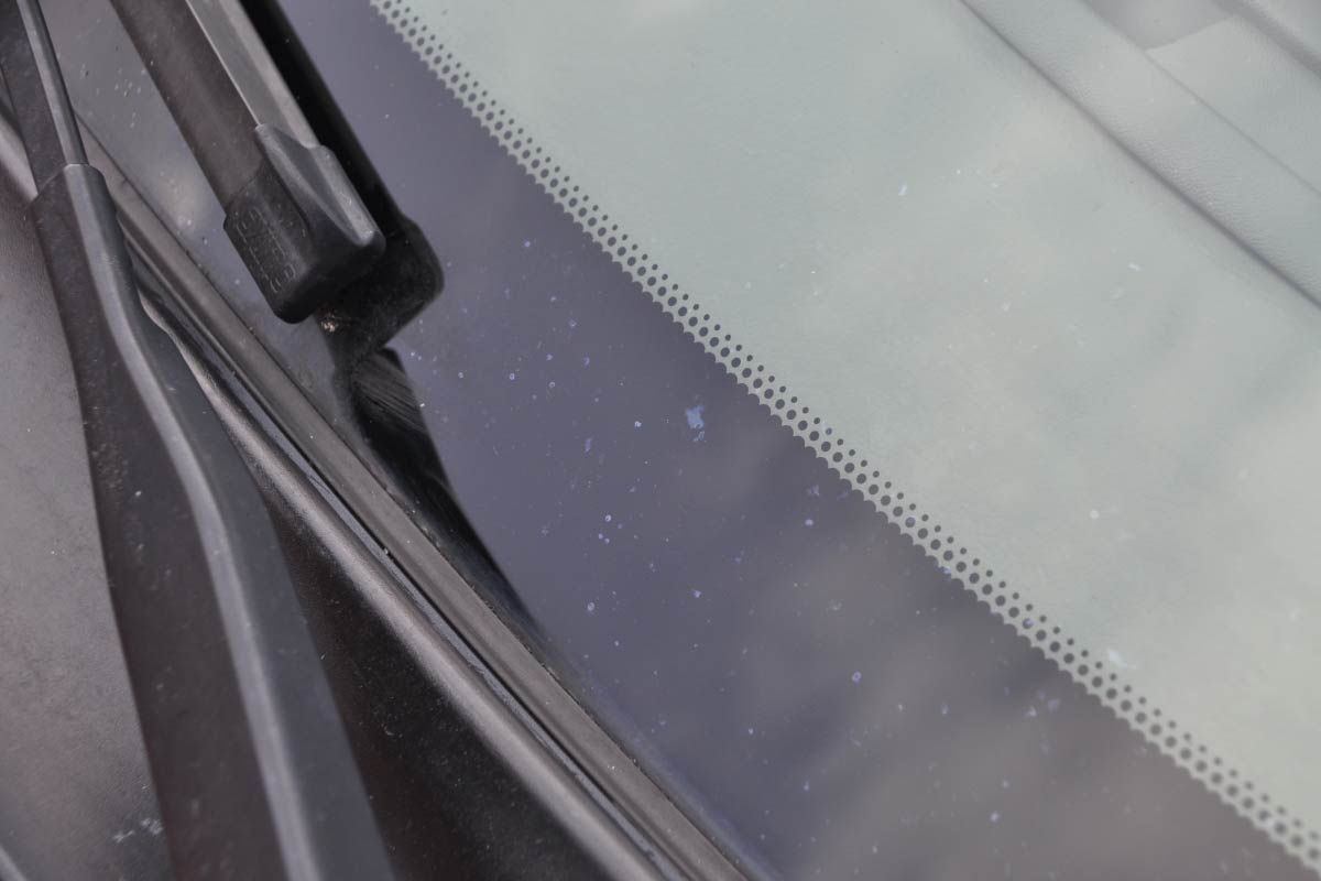 wżery chemiczne naszybie samochodowej 03