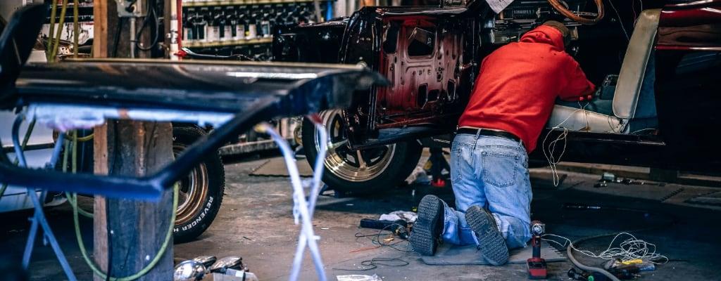 Naprawa auta na własną rękę.