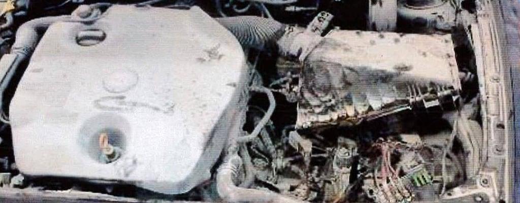 Spalony silnik wsamochodzie marki Seat.